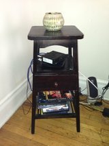 3 tiered decorative table in Naperville, Illinois